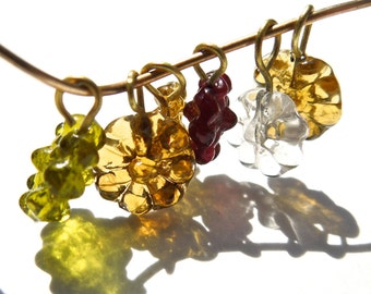 SUPPLY: 50 Miniature Flower Glass Charms with Brass Wire - (4-B2-00003301)