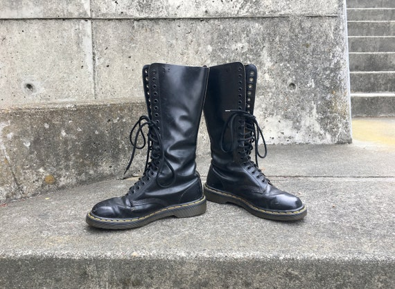 Dr. Calf -- Tall black leather laceup calf-high Do