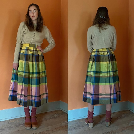 1950s handmade bold plaid full skirt w/ pleats