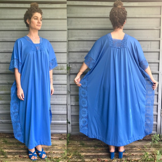 1970s hand made cerulean polyester caftan w/ laced