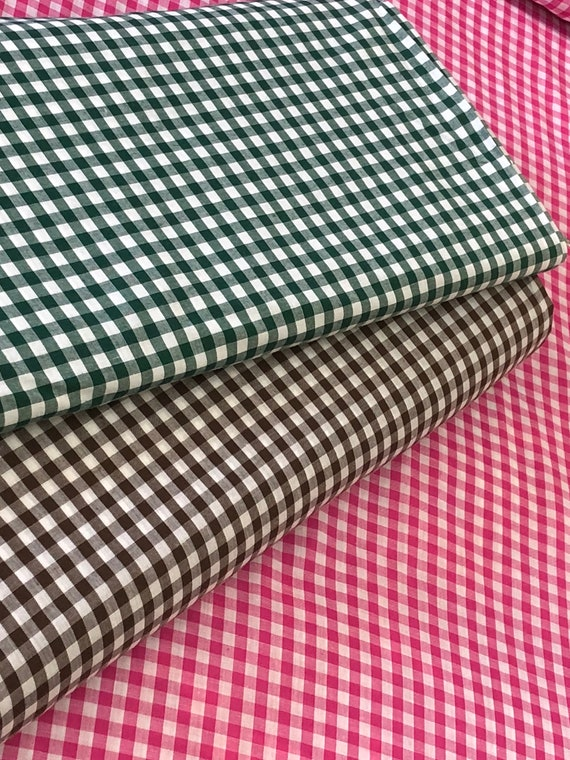 "GREEN 1//3 CHECKS GINGHAM COTTON BLEND FABRIC 44/""W BTY Tablecloths Skirts Drapes"