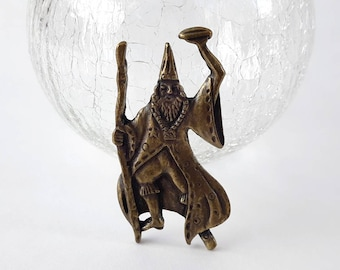 Vintage Wizard Brooch w/ Aged Bronze Tone Color- Enchanted Sorcerer Magic Fantasy Merlin Collectible Figural Pin