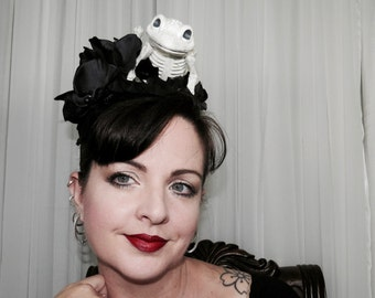 DEATH OF FROGGER Frog Skeleton Day of the Dead Style Headdress