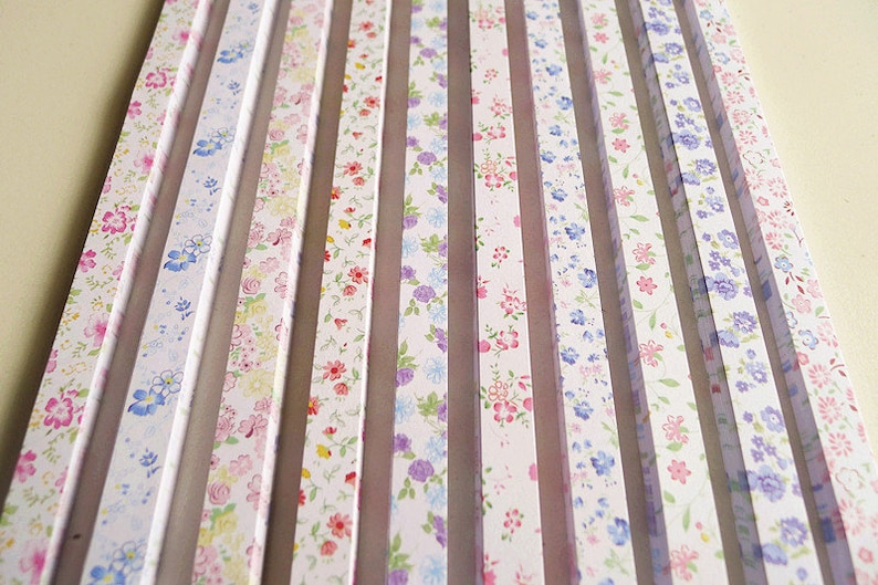 Pack of 100 Strips Super Cute Floral Mixed Design Origami Lucky Star Paper Strips Star Foldng DIY