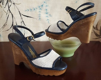 ae3a992f609963 1960s Wedges Blue and White Vintage Shoes Wedge Sandles Petite Womens size  4 or girls size 2