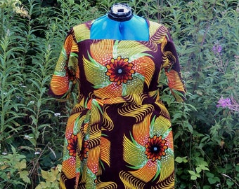 Size 18 Tropical Cotton Dress with Sleeves