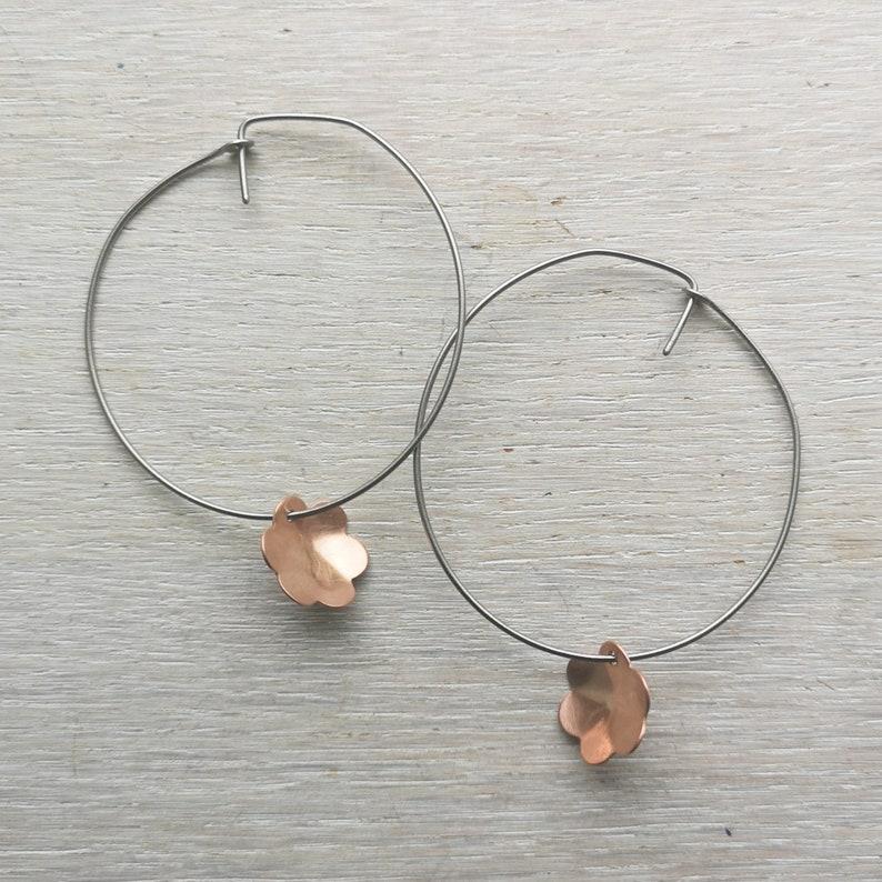 Copper flowers Titanium hoop earrings 0.8mm 20ga Delicate boho threader hypoallergenic hoops