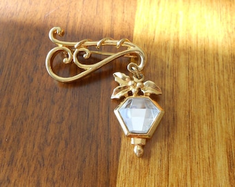 Vintage lantern brooch.  Gold with faceted rhinestone.