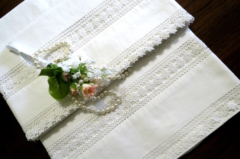 Snow White Cotton 35 x 23 12 RESERVED FOR JOANNE Vintage Pillowcases with Tatted lace Inserts /& Trim Cottage Home Decor, Sturdy