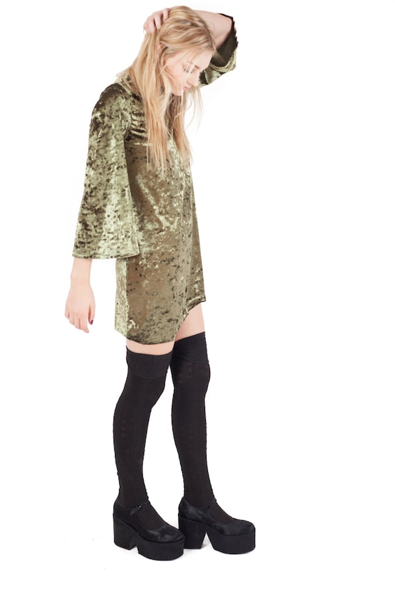 VIXEN Crushed Velvet Bell Sleeve Mini Shift Dress