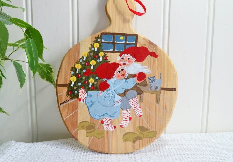 ready to hang Scandi x-mas vintage Swedish painted wooden home decor Christmas bread cutting board