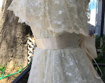 Victorian Glam Dress Jolie Madame Dress Peach Blush Victorian Hollywood Glam Lacy Ruffled Hem Sz 11-12