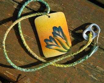 Floral Pendent Necklace