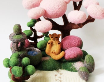 The owner of a japanese garden, Big felted composition