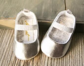 16d8002cc Zapatos de bebé hechos a mano