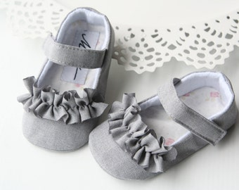 09d487db170 Grey baby girl shoes