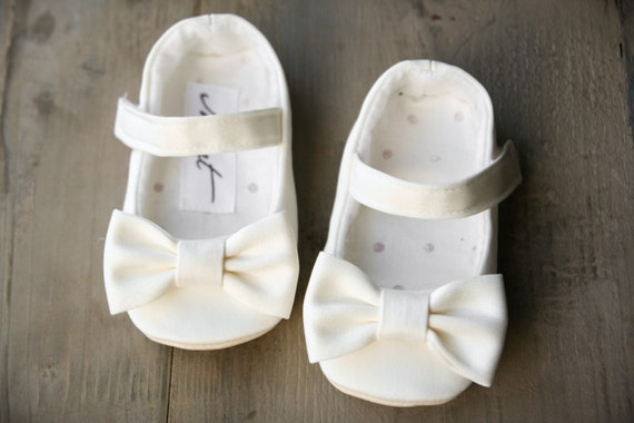 White Flower Girl Shoes White Christening Shoes Bow Shoes Etsy