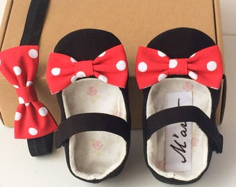 Black red Minnie mouse baby girl shoes, Minnie bow headband, unique baby shower gift, toddler girl shoes, Minnie  Mouse 1st birthday outfit