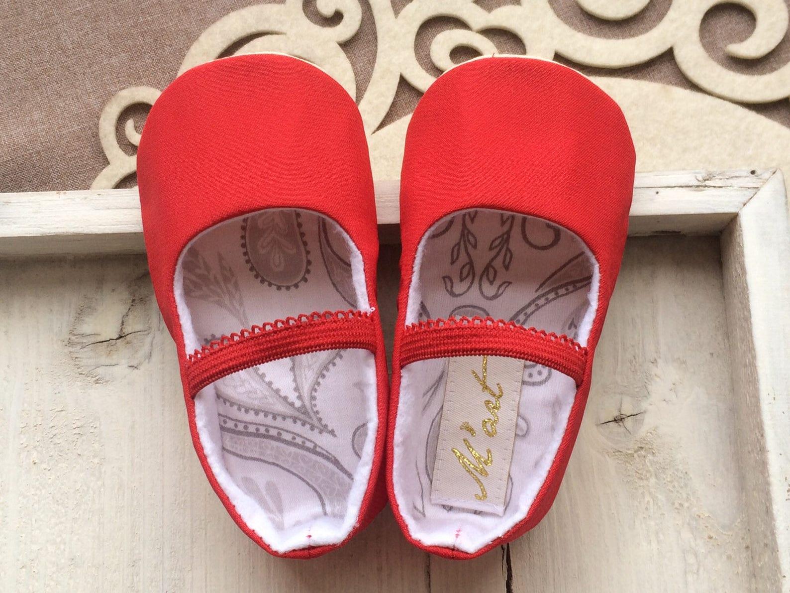 plain white baby ballet slippers, christening shoes, ivory ballerina flats, plain baptism shoes, baby wedding outfit, flower gir