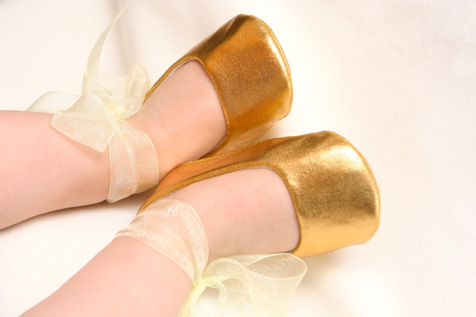 gold baby shoes, silver baby shoes, baby ballerina shoes, baby ballet shoes, gold baby outfit, infant shoes, gold baby shower gi