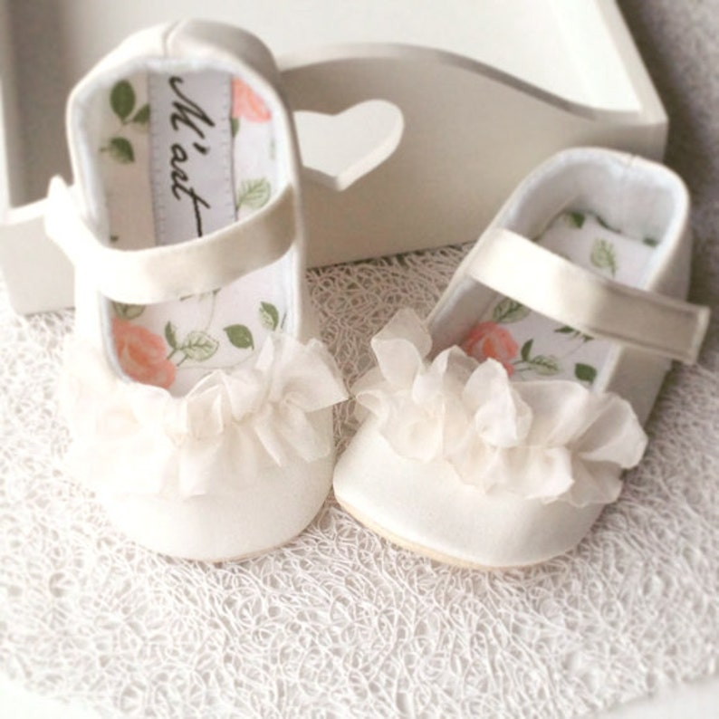 Christening shoes white baby shoes baby girl shoes flower  7632e2cc1c84