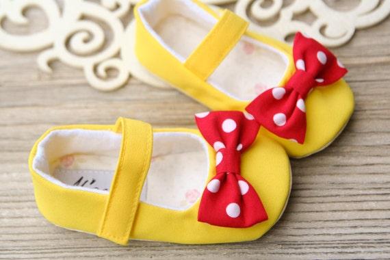 Minnie Maus Babyschuhe, Minnie Maus Baby Stirnband, gelb rot Babyschuhe, Baby Dusche Geschenk, Kleinkind Mädchen Schuhe, 1. Geburtstag Outfit