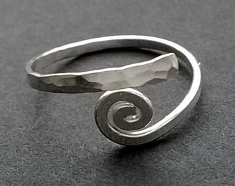 Toe Ring Sterling Silver Adjustable Size 3 - 4, Egyptian Coil Small Ring Toe, Above Knuckle, Midi Ring - Handmade Hammered Metal