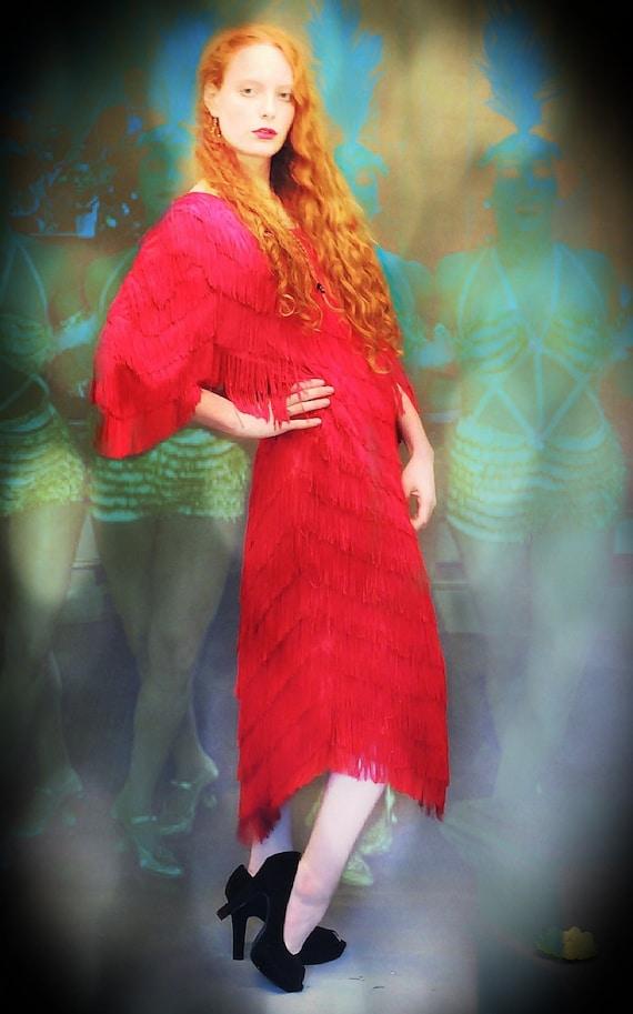 Fringed vintage wiggle dress / Dark red 80s flappe