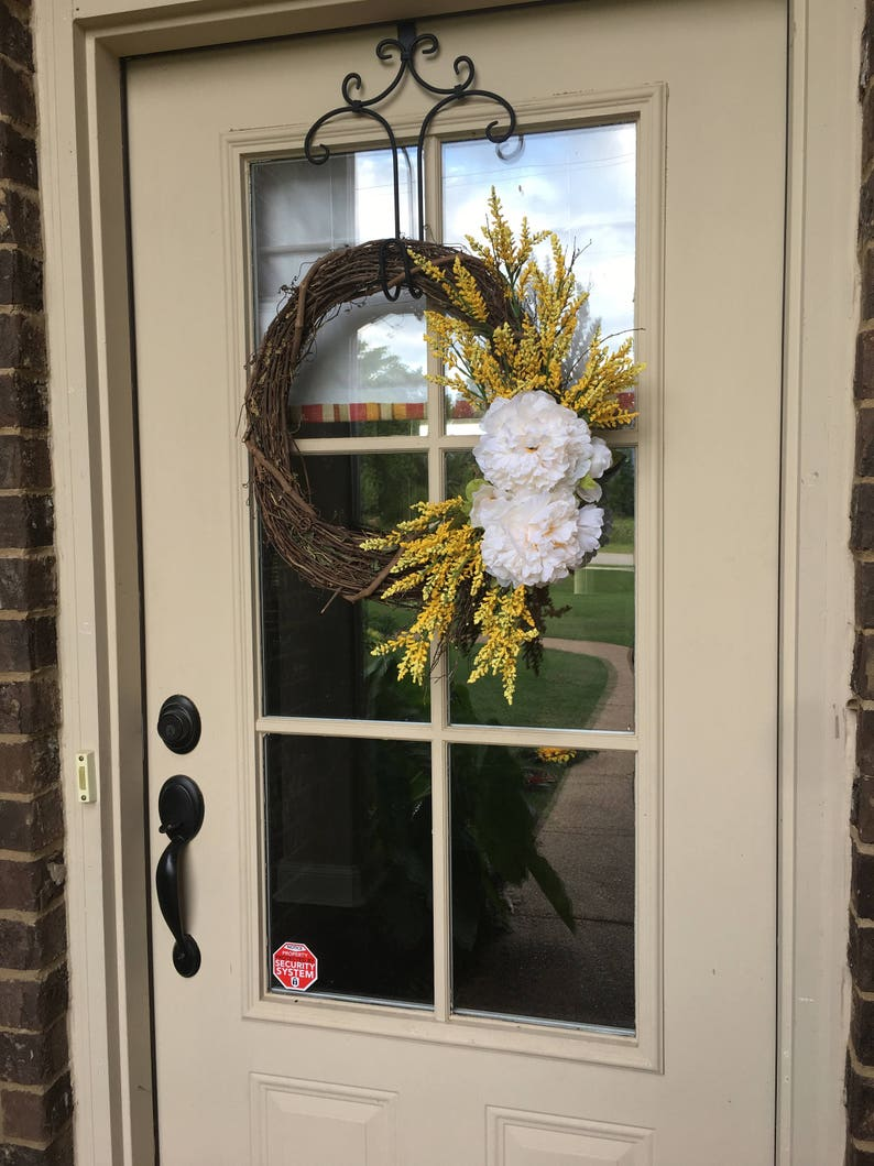 Beautiful Branch Wreath Yellow and White