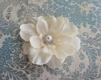 Bridal Ivory Flower Clip w/ Pearl Rhinestone Center - Small Wedding Flower Pin -  Flower Girls Hair Clip  - Hair Pin - Flower Brooch