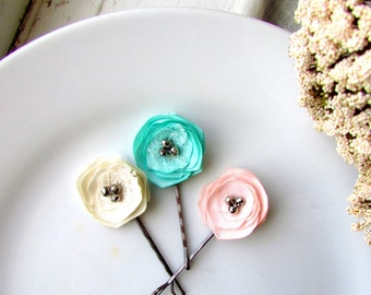 3 Tiny Flowers for hair, Flower Hair pin Floral Bobby Pins, Mini Bobbies, Pastel bridal Colors, Ivory, Mint, Small Blush Pink Hair Clips
