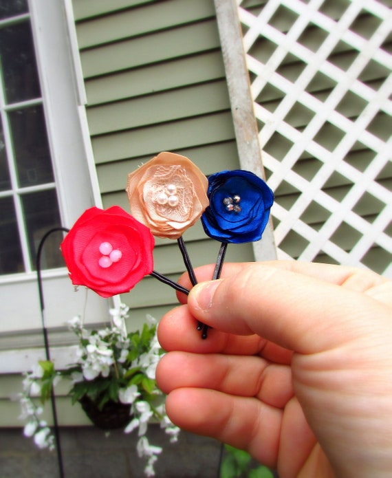 3 Silk Flower Hair Pins Small Floral Bobby Little Floral Clips Etsy