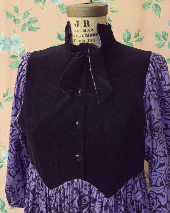 1970's Black Velvet Purple Floral Prairie Hippie G