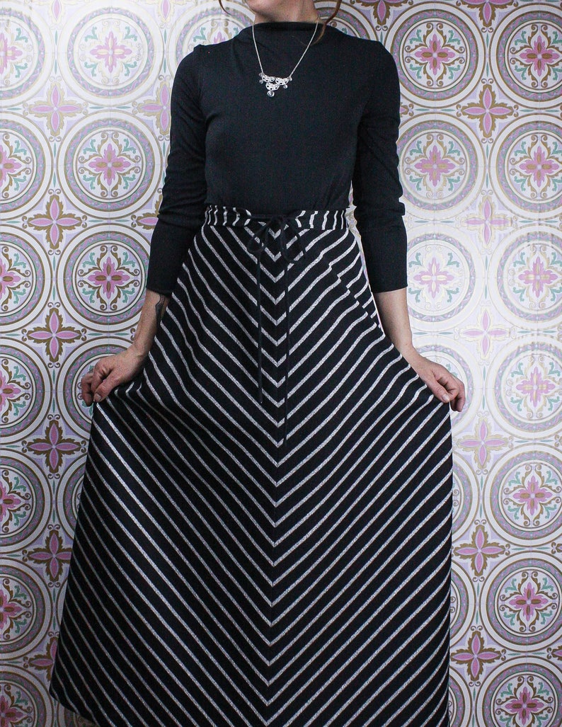 39e861100a3 70 s Black   Silver Gown Evening Maxi Dress Semi Formal