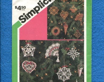 1980's Simplicity 6614 Crocheted Christmas Tree Ornaments
