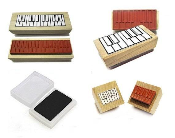 Chord Flashcards and Ukulele Chord Stamp and Pad Beginner Ukulele Gift Pack