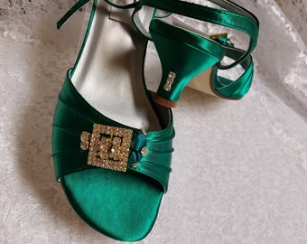 548f69a75cc Emerald Green Shoes low heel 1 3 4