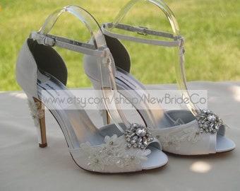 8c1716ff7c1 Size 9 Ivory Wedding Shoes High heels Modern style