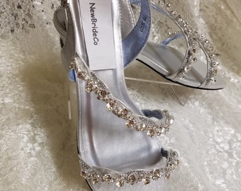 ef00a11f0c22 Bling Wedding Sandals low 1 2