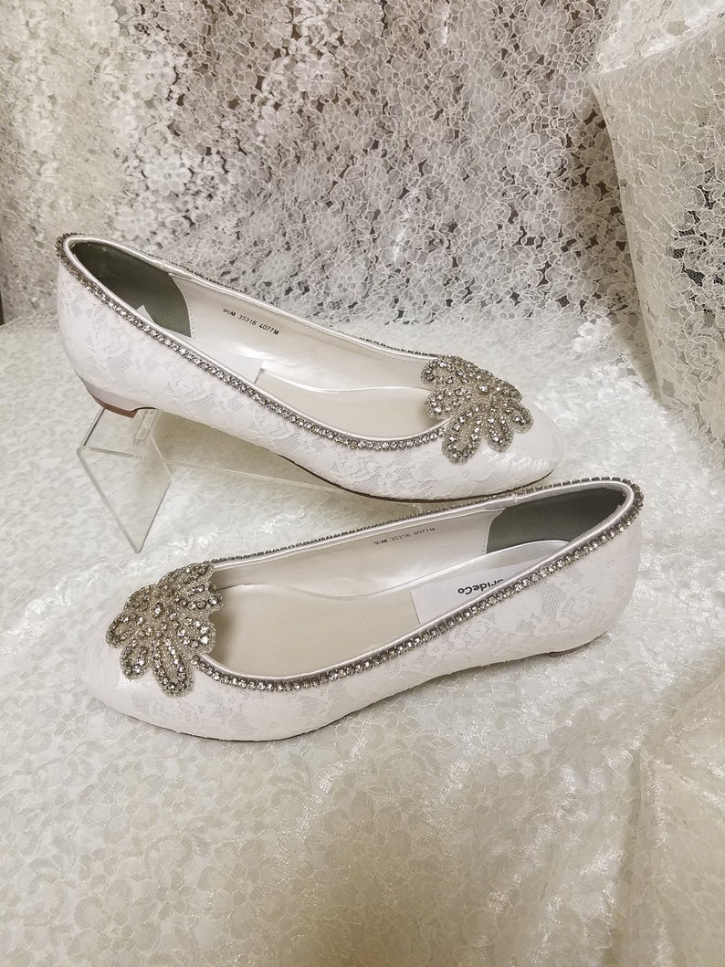 4686d40f712b Antique Silver Bling shoes Size 9.5 Lace OffWhite almost flat