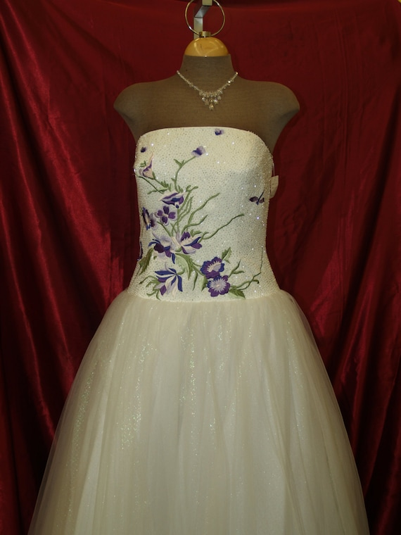 Purple Flowers Prom Vintage Dress size 10,straples