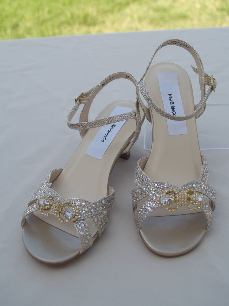 8a5b1f6fe9931 Girls Champagne shimmer Shoes Crystals Bow brooch flower