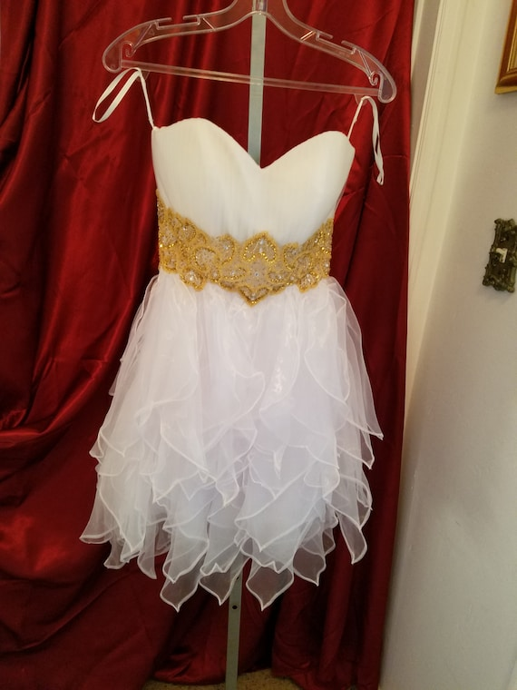 White short  dress with gold waist accents, sweetheart cut short white dress, wedding dress short, destination wedding short white dress,