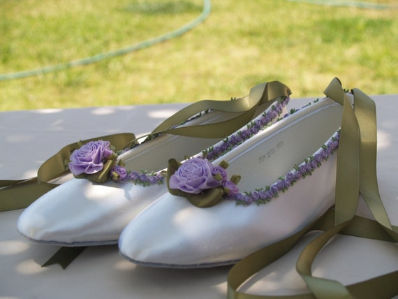 Wedding Lavender Flats flower trim green lavender, Ivory or White ballet style slipper, lace up ribbon style, touch of lavender, romantic