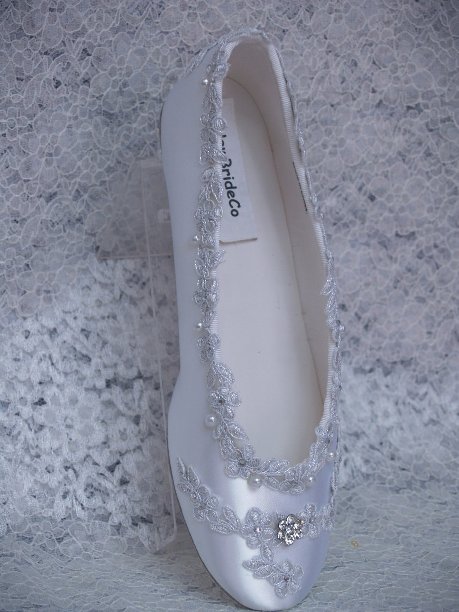 size 8 1/2 wedding flats white shoes silver venice lace edging w crystals,ballet style slipper,silver lace pearls & crystals,rea