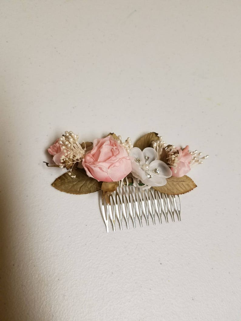 Beautiful flowers comb blush pink and ivory Shabby chic for flower girls Communion Brides bridesmaids hair accessories