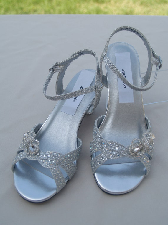 Girls Silver shimmer Shoes Crystals Bow brooch flower girls shoes, low heel 1 12