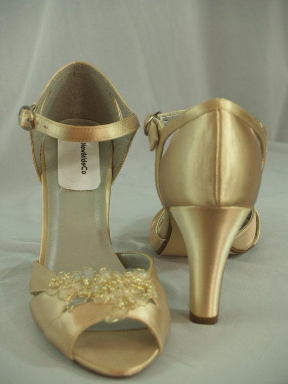 GOLD WEDDING HEELS Size 9 with organza
