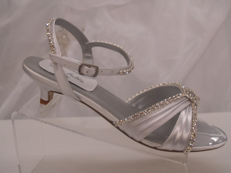 ebd020537db Wedding Shoes Bling Bling Very Low heel White Wedding Sandal