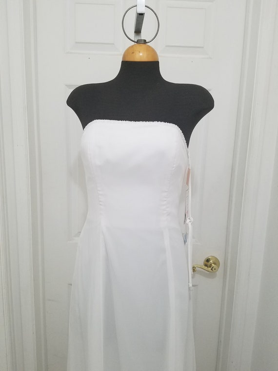 White Wedding dress size 4 strapless sheer chiffon
